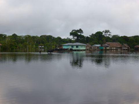 A flooded Nueva Vida
